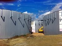Die Fermenter und der Nachgärer befinden sich im Ausbau (07.09.2011)